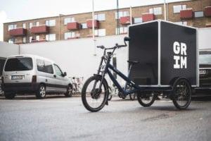 Veggie box courier bike